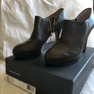 Vince Camuto Olive Booties